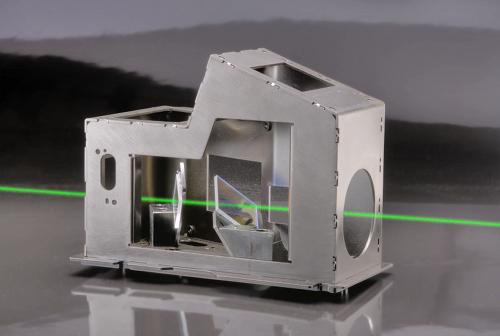 kodak-prism-with-simulated-laser-beam-sm